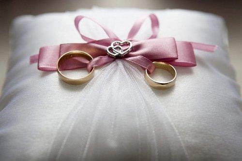 В Марий Эл стали чаще жениться