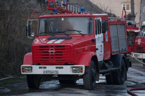 В Йошкар-Оле жильцов многоэтажки эвакуировали из-за пожара