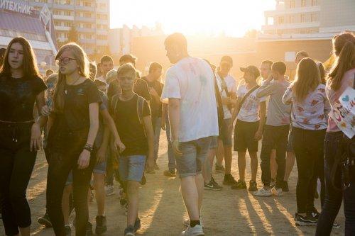 Красочные выходные, или как в Йошкар-Оле прошел фестиваль красок