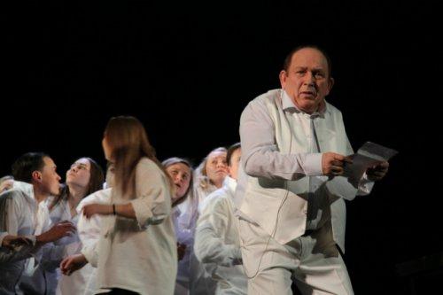 Документально-художественная история ожила на сцене театра Шкетана