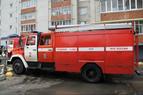 Короткое замыкание электропроводки стало причиной пожара в многоэтажке на улице Анникова в Йошкар-Оле