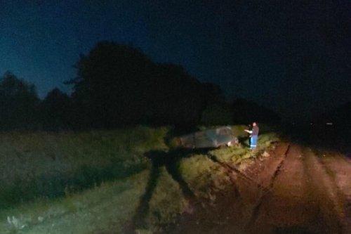 На Сернурском тракте УАЗ оказался в кювете после столкновения с неустановленной машиной