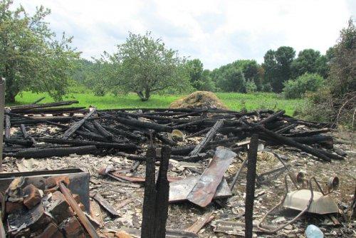 Неисправный холодильник стал причиной пожара в деревне Первые Куликалы