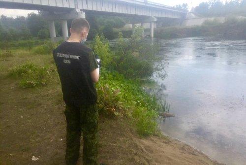 Спасатели нашли тело девочки, утонувшей в реке Илеть