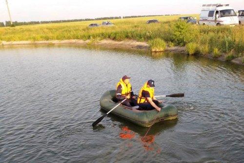 Спасатели достали из водоёма в Советском районе тело утонувшего мужчины