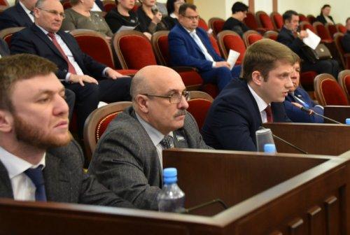 Депутаты ЛДПР предлагают вести документацию Госсобрания Марий Эл на всех государственных языках