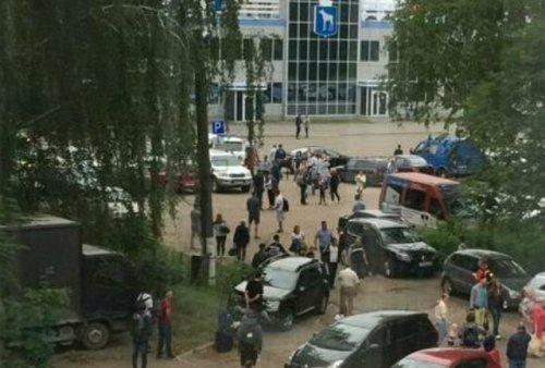 Информация о минировании пассажирского самолета в аэропорту Йошкар-Олы оказалась ложной