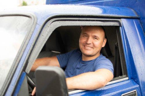 Евгений Ершов, водитель грузового такси: «Для меня дорога это отдых»