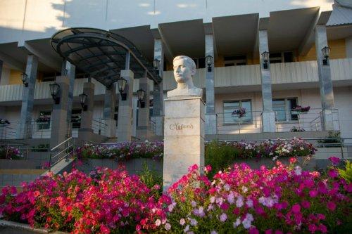 В библиотеке имени Чавайна обновили отдел национальной и краеведческой литературы