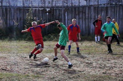 В Марий Эл прошёл мини-футбольный турнир памяти вратаря йошкар-олинской «Дружбы»