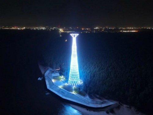 Реконструированную Шуховскую башню на Оке открыли