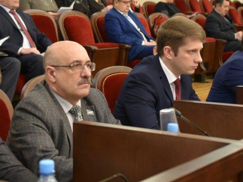 Депутаты от ЛДПР предложили награждать медиков медалью «За борьбу с коронавирусной инфекцией»