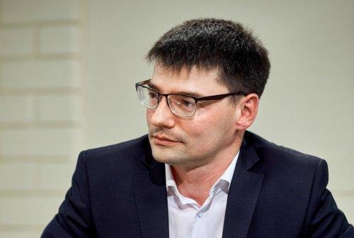 Александр Кузнецов, директор школы: «Мы с коллегами  исходим из интересов ученика как человека»