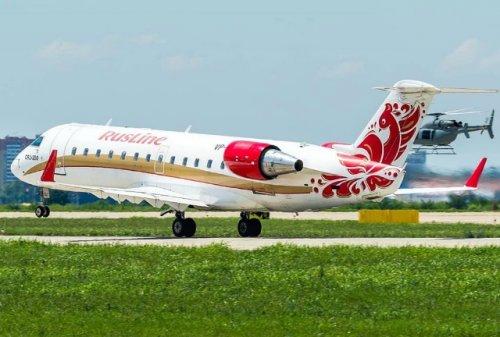 Самолет, вылетевший и Санкт-Петербурга в Йошкар-Олу, совершил аварийную посадку