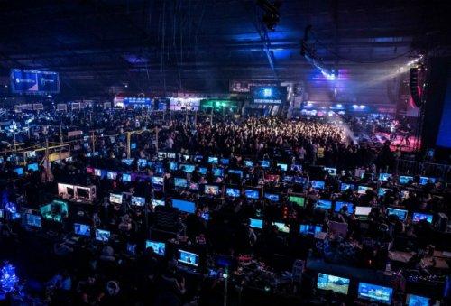 Сборная России в европейской квалификации Warcraft 3 заняла пятое место