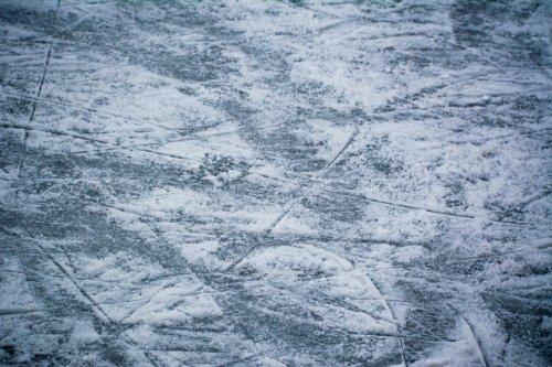 Вопрос установки хоккейной коробки взят на контроль в аппарате полпреда в ПФО