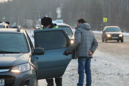 За час полицейские выявили четыре нарушения, связанных с перевозкой детей