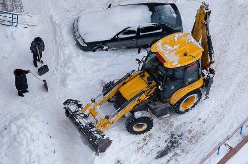 Коммунальные службы Йошкар-Олы в связи со снегопадами работают в усиленном режиме