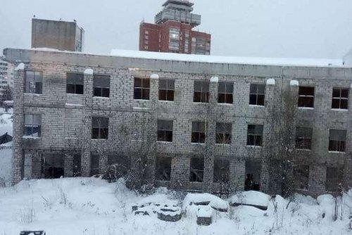 Судебные приставы наложили арест на заброшенное здание на берегу Малой Кокшаги в Йошкар-Оле