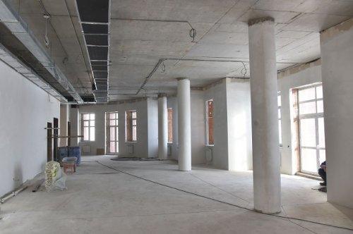 В строящемся здании Маргосфилармонии приступили к монтажу сценического оборудования