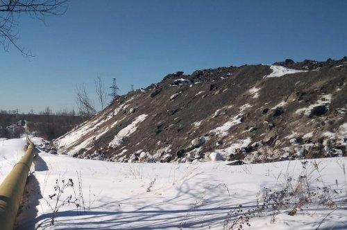 Энергетики обращают внимание мэрии Йошкар-Олы на складирование снега на улице Строителей