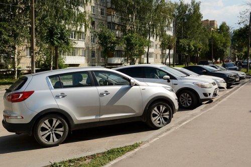 В мэрии Йошкар-Олы озаботились организацией платных парковок на улицах города