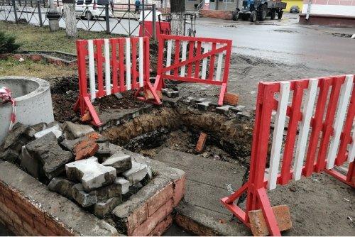 На улице Советской при ремонте проезжей части обновят и систему водоотведения