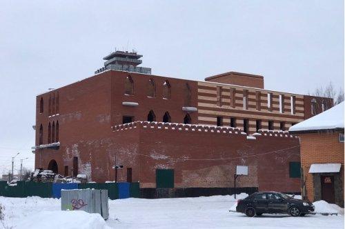 Недостроенное здание, принадлежавшее экс-главе Марий Эл, обращено в доход государства