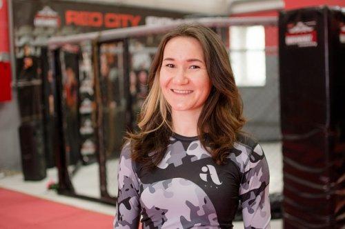 Татьяна Петрова: «В ринге идёт своя жизнь, там ты должен проявить всё, чему учился, ради чего терпел, тренировался»