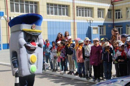 В Йошкар-Оле три недели будет работать профильная смена по безопасности дорожного движения