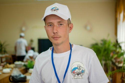 Евгений Пирогов: «Моя работа меня обеспечивает. Не только меня, но и мою семью, так что не о чем жалеть абсолютно»