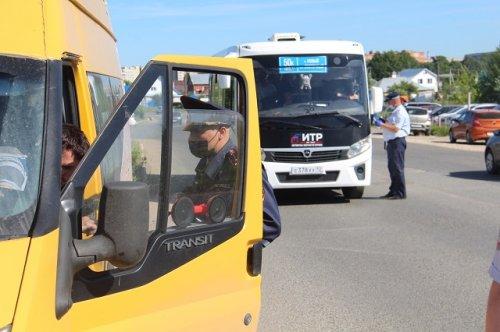 В Марий Эл выявлено 10 случаев, когда водителей управляли автобусами с техническими неисправностями