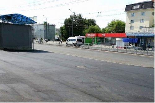 На тротуаре по улице Советской в Йошкар-Оле за короткое время дважды укладывали новый асфальт