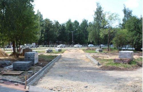 В Йошкар-Оле начались работы по благоустройству сквера по улице Йывана Кырли