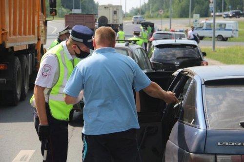 Сотрудники ГИБДД проверили, как водители Марий Эл соблюдают правила перевозки детей
