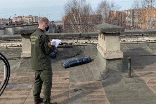 Неосторожность при проведении строительных работ на крыше дома привела к трагедии
