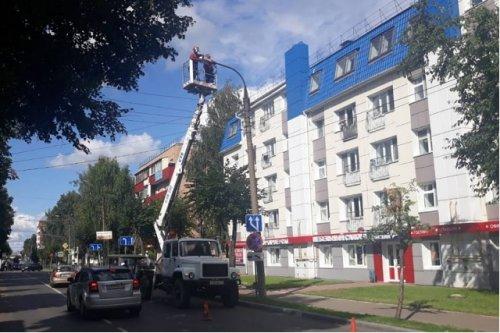 На улице Советской в Йошкар-Оле меняют ртутные светильники на светодиодные
