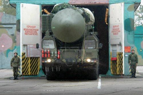 Военнослужащий из Йошкар-Олинского ракетного соединения признан лучшим водителем «Ярса»