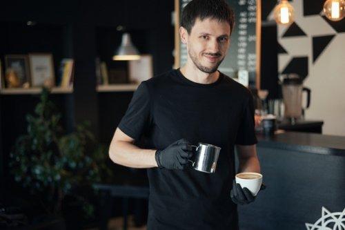 Евгений Шершнёв: «Всегда приятно видеть счастливых гостей, кто оценил вкус кофе, приготовленного тобой»