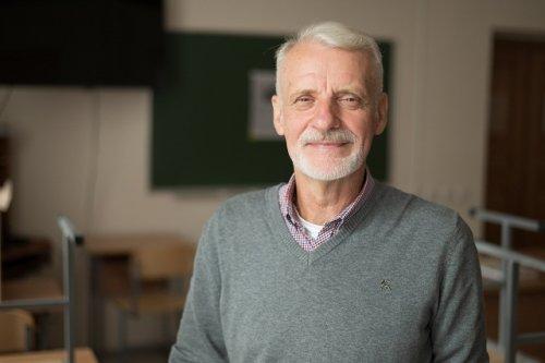 Олег Левенштейн, преподаватель: «Своей миссией, помимо образовательной, я вижу и воспитательную»