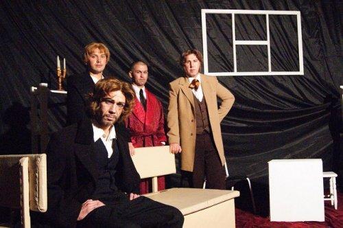 В Марий Эл в колонии-поселении представили спектакль по мотивам романа «Преступление и наказание»