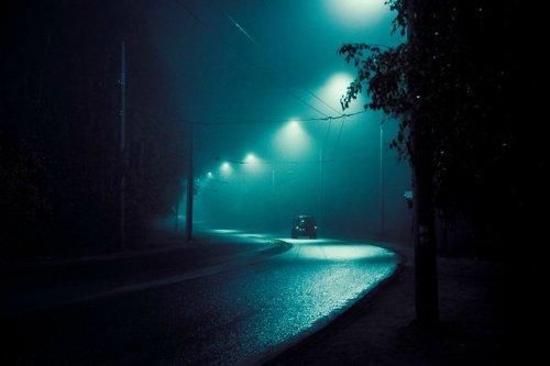 В среду вечером на два с половиной часа перекроют движение по двум автодорогам