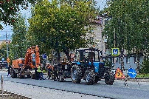 Улицы и проезды к дворам в городе Йошкар-Оле обретают асфальтовое покрытие