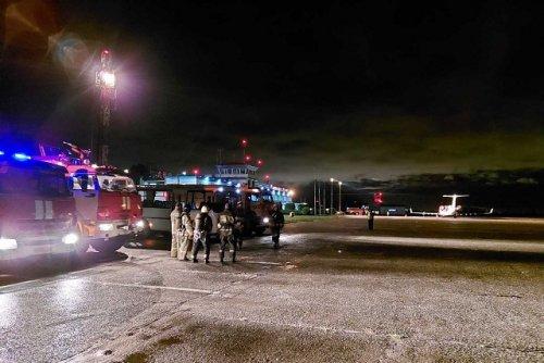 Самолёт, вылетевший из Йошкар-Олы в Москву, совершил аварийную посадку в аэропорту Йошкар-Олы