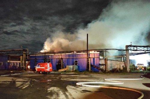 В результате пожара на пилораме в Йошкар-Оле огнём повреждена конструкция крыши