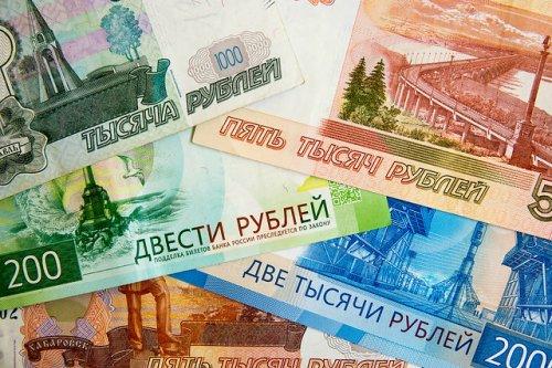 В Марий Эл отец и дочь через 28 подставных фирм обналичили 54 миллиона рублей